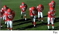 Glee football players doing choreography to Beyonce's 