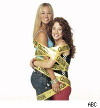 Kaley Cuoco &amp; Amy Davidson