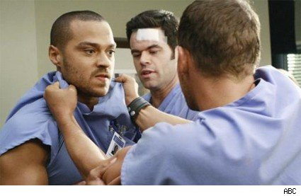 A fight breaks loose on Grey's Anatomy.