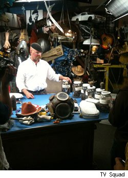 The Mythbusters crew hosts a set visit in San Francisco.