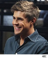 Private Practice, Chris Lowell as Dell Parker