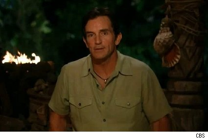 Jeff Probst reads the votes on Survivor Samoa
