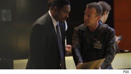 Mykelti Williamson and Kiefer Sutherland, 24