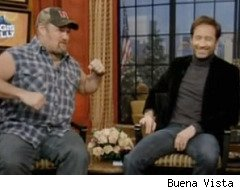 Larry the Cable Guy and David Duchovny spar on 'Live with Regis and Kelly'