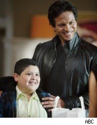 Benjamin Bratt, Modern Family: Up All Night