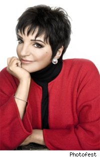 liza_minnelli_red_sweater