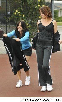 Courteney Cox and Christa Miller in 'Cougar Town' - 'All the Wrong Reasons'