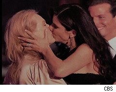 David Letterman: Sandra Bullock and Meryl Streep Kiss