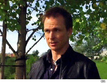 Phil Keoghan kicks off The Amazing Race 16