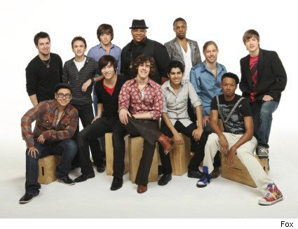 American Idol - Top 12 Guys Perform