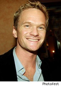 neil_patrick_harris_smiling_forehead