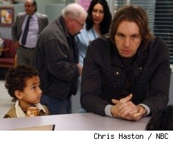 Tyree Brown as Jabbar and Dax Shepard as Crosby Braverman in 'Parenthood' - 'The Situation'