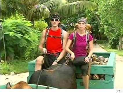 Brent and Caite transport coconuts on 'The Amazing Race'