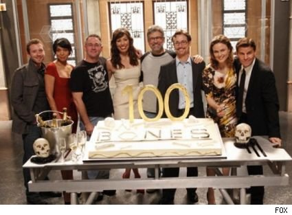 The 100th episode of 'Bones' airs tonight at 8:00 on FOX