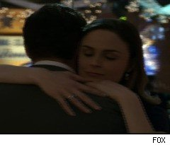 Bones and Booth Get Close on 'Bones'