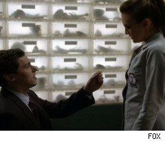 Lance Proposes to Daisy on 'Bones'