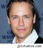 Chad Lowe