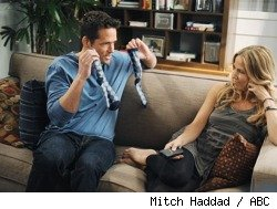 Josh Hopkins and Sheryl Crow in 'Cougar Town' - 'Everything Man'
