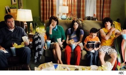 'The Middle'returns with a new episode at 9:00