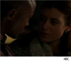 Addison and Sam Kiss on 'Private Practice'