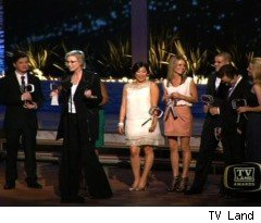 'Glee' Wins an Award