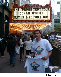 T-shirt salesman outside Conan's show in Chicago on 5/19/10