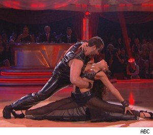 Melissa Rycroft and Joey Fatone's Tango