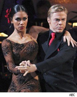 Nicole and Derek perform the Argentine Tango on Dancing with the Stars
