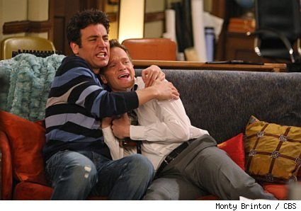 Josh Radnor and Neil Patrick Harris in 'HIMYM' - 'Twin Beds'