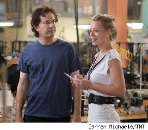 Jeri_ryan_timothy_hutton_leverage_TNT