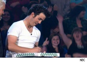 Kevin Jonas on 'Minute to Win It'