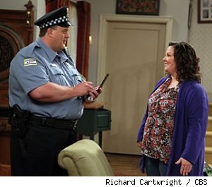 Billy Gardell and Melissa McCarthy in 'Mike &amp; Molly' on CBS