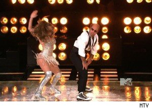 Tom Cruise Gets Down With Jennifer Lopez
