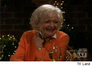 Betty White Goes on a Blind Date on 'Hot in Cleveland'