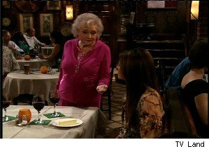 'Hot in Cleveland': Do Jane and Betty White Find Love?