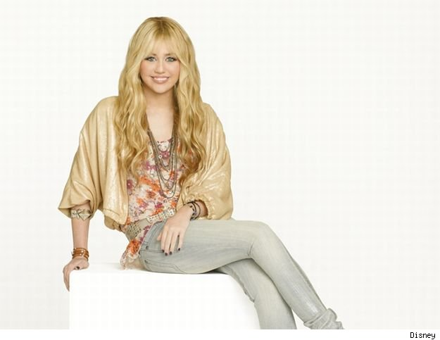 Though a typlical plot for the season premiere of 'Hannah Montana Forever,' there are enough changes to make it interesting.