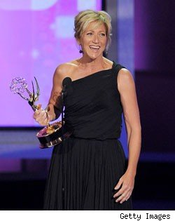 Edie Falco picks up an Emmy for 'Nurse Jackie' at the 2010 Emmy Awards