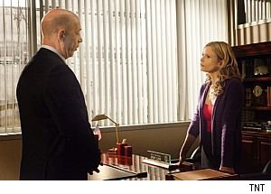 kyra_sedgwick_jk_simmons_the_closer_TNT
