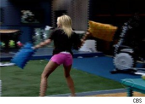 'Big Brother 12' - Britney Goes Wild and Starts a Pillow Fight