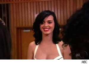 Katy Perry Gives Advice, and Gives Away Her Shoes on 'Extreme Makeover'