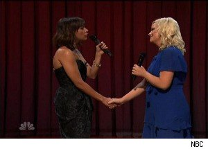 Amy Poehler Serenades Rashida Jones; Jimmy Fallon Serenades ... Questlove?