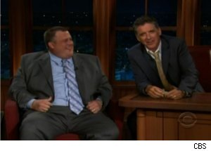 Billy Gardell Pays Craig Ferguson on 'Late Late Show'