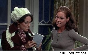 Rhoda and Mary of 'The Mary Tyler Moore Show'