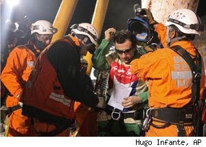 Chilean Miner Raul Bustos Being Rescued