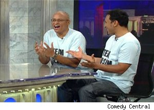Larry Wilmore, Aasif Mandvi Debate Racism on 'Daily Show'