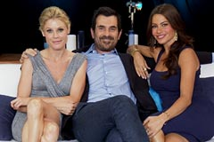 Interview with Modern family cast Julie Bowen, Ty Burrell and Sofia Vergara