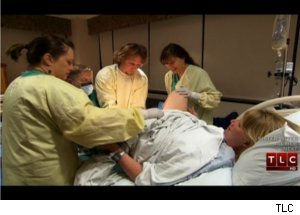 on sister wives sun 10pm et on tlc kody brown s third wife gives birth
