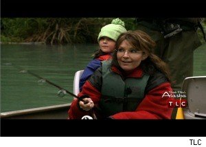 'Sarah Palin's Alaska': 'Mama Grizzly' Palin Watches a Wild Bear Fight