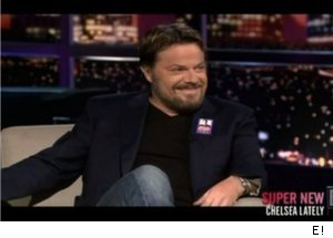 Eddie Izzard Talks Politics on 'Chelsea Lately'