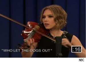 Scarlett Johansson Plays Violin on 'Late Night'